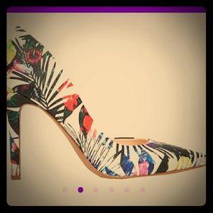 Jessica Simpson floral pumps size 8.5